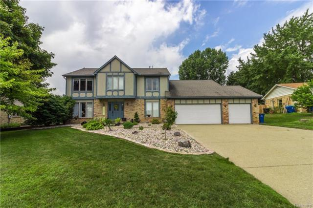1428 Kings Carriage Rd, Grand Blanc Twp, MI 48439 (#218076645) :: The Buckley Jolley Real Estate Team