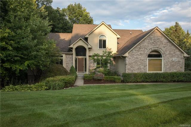 7648 Red Oak Valley Drive, Springfield Twp, MI 48348 (MLS #218076954) :: The Toth Team