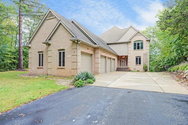 350 Highland Drive, Sylvan Twp, MI 48118 (#543259427) :: The Buckley Jolley Real Estate Team