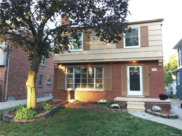 438 Fisher Road, Grosse Pointe Farms, MI 48230 (MLS #218078418) :: The Toth Team