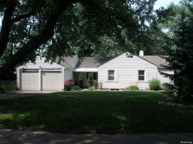 4680 Forest Avenue, Waterford Twp, MI 48328 (#218079296) :: RE/MAX Classic