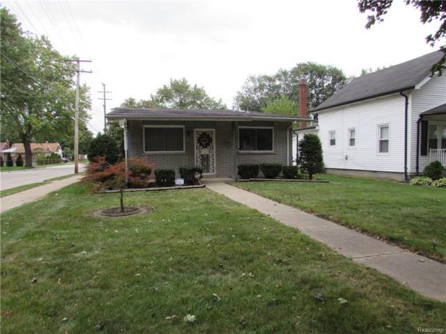 3901 Parker Street, Dearborn Heights, MI 48125 (MLS #218081904) :: The Toth Team