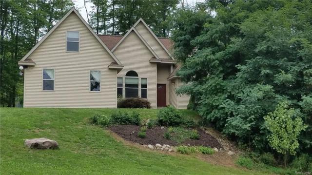 5860 Madleys, Howell, MI 48843 (#218082454) :: Duneske Real Estate Advisors