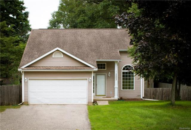 3007 West, Highland Twp, MI 48380 (MLS #218083002) :: The Toth Team