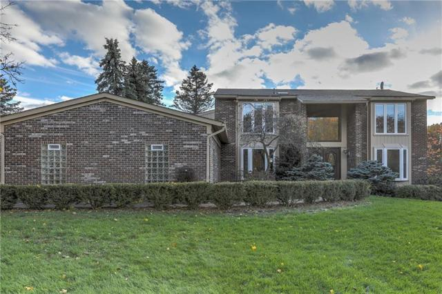 2901 Brentwood Road, West Bloomfield Twp, MI 48323 (#218083940) :: RE/MAX Classic