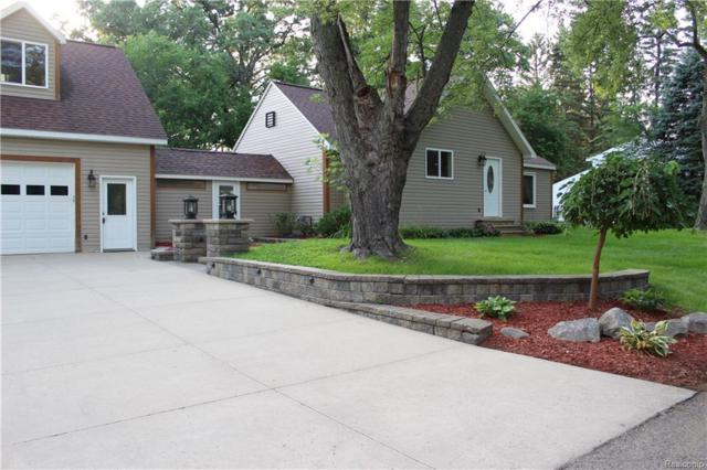 4272 Middledale Avenue, West Bloomfield Twp, MI 48323 (#218085855) :: RE/MAX Classic