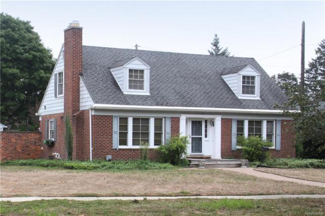 1125 Birmingham Boulevard, Birmingham, MI 48009 (#218090143) :: Duneske Real Estate Advisors