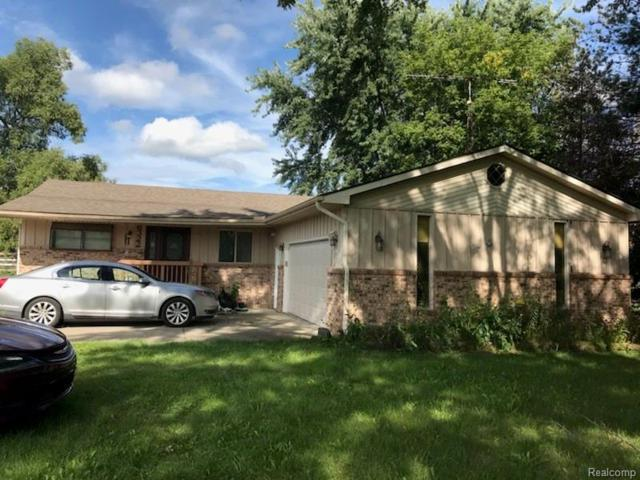 6322 River Road, Flint Twp, MI 48433 (MLS #218091760) :: The Toth Team