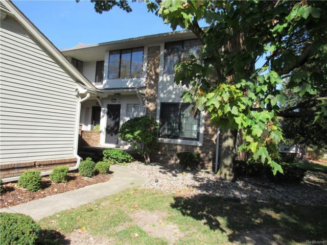 6002 Pebble Lane Court, West Bloomfield Twp, MI 48322 (#218092021) :: Duneske Real Estate Advisors