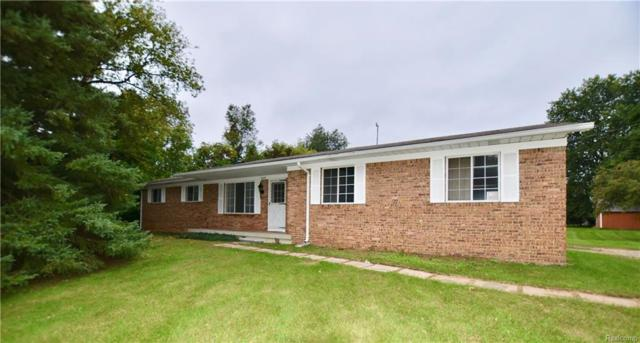 5449 Center Street, Independence Twp, MI 48346 (#218093612) :: RE/MAX Vision
