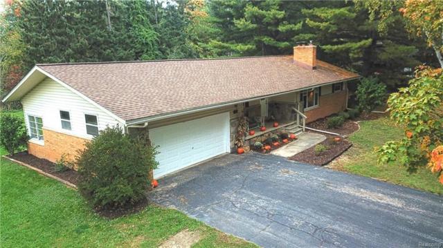 26223 Rose Hill Drive, Farmington Hills, MI 48334 (#218100413) :: The Buckley Jolley Real Estate Team