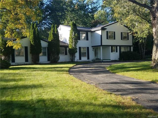 22531 Lake Ravines Drive, Southfield, MI 48033 (#218101638) :: The Buckley Jolley Real Estate Team