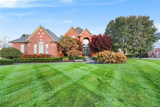 2461 Pebble Beach Drive, Oakland Twp, MI 48363 (#218113062) :: The Buckley Jolley Real Estate Team