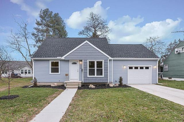 624 Riddle Street, Howell, MI 48843 (#218116096) :: The Mulvihill Group