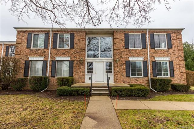 665 E Fox Hills Drive, Bloomfield Twp, MI 48304 (#218119674) :: The Buckley Jolley Real Estate Team
