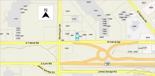 911 E Patrick, Midland, MI 48640 (#61031368008) :: Novak & Associates