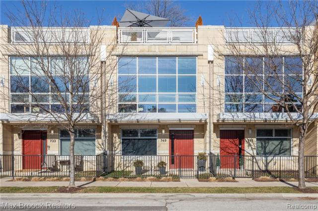 749 E 4TH Street, Royal Oak, MI 48067 (#219005776) :: Alan Brown Group