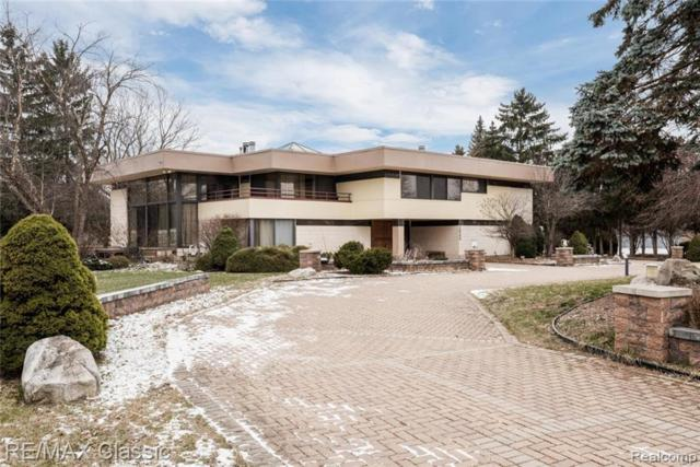 3840 Manchester Court, Bloomfield Twp, MI 48302 (#219011841) :: RE/MAX Classic