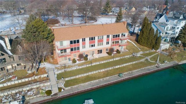 2528 Military Street, Port Huron, MI 48060 (#219015647) :: The Buckley Jolley Real Estate Team