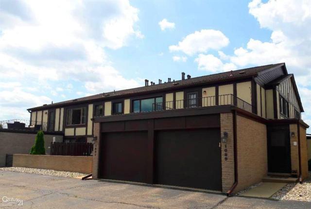 1089 Country Club, Saint Clair Shores, MI 48082 (#58031373406) :: RE/MAX Nexus