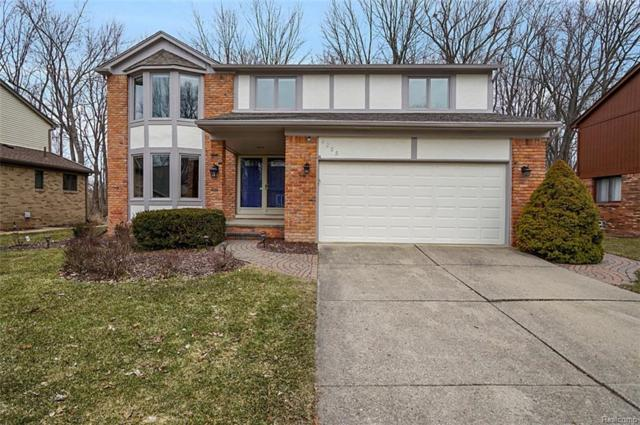 2225 Normandy Drive, Troy, MI 48085 (#219023510) :: The Alex Nugent Team   Real Estate One