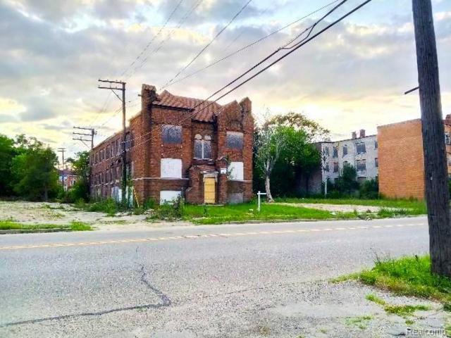 18029 Schoenherr Street, Detroit, MI 48205 (MLS #219023741) :: The Toth Team