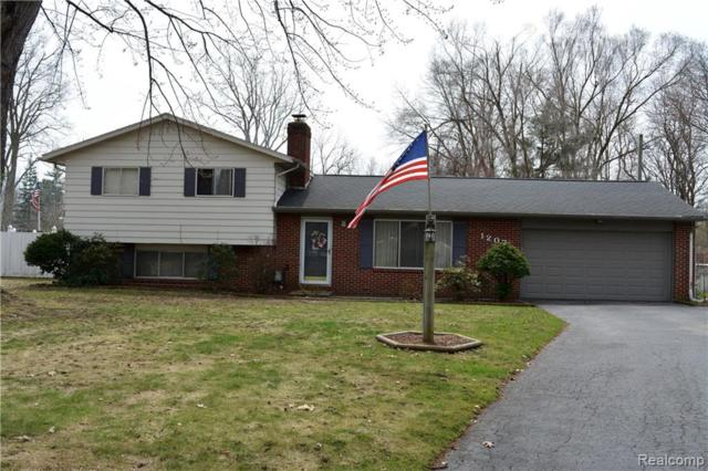 1207 Apache Trail, Bedford Twp, MI 48182 (#219035701) :: The Buckley Jolley Real Estate Team