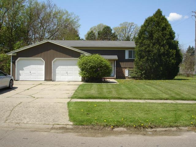702 N Meadowview Lane, Delta Twp, MI 48917 (MLS #630000236560) :: The Toth Team
