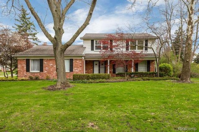 319 Millington Boulevard, Bloomfield Twp, MI 48304 (#219047574) :: RE/MAX Nexus