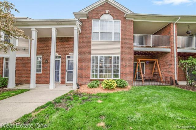 16447 Chatham Drive, Macomb Twp, MI 48044 (MLS #219048482) :: The Toth Team