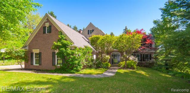 9925 Rattalee Lake Road, Springfield Twp, MI 48348 (#219050851) :: The Alex Nugent Team | Real Estate One
