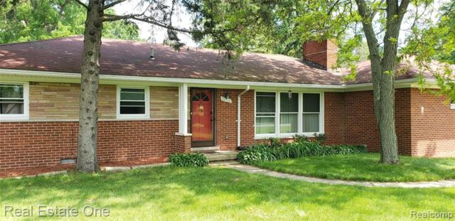 22510 Lahser Road, Southfield, MI 48033 (#219055780) :: The Alex Nugent Team | Real Estate One