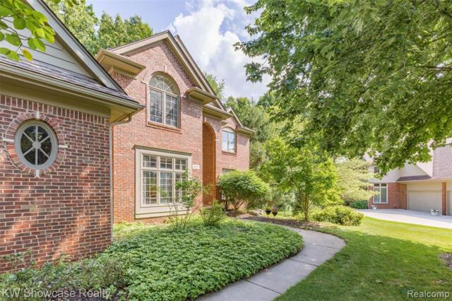 4817 Autumn Hill Court, West Bloomfield Twp, MI 48323 (#219061221) :: RE/MAX Nexus
