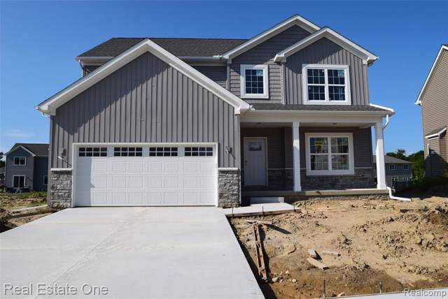 363 Otter Run, Holly Twp, MI 48442 (MLS #219064879) :: The Toth Team