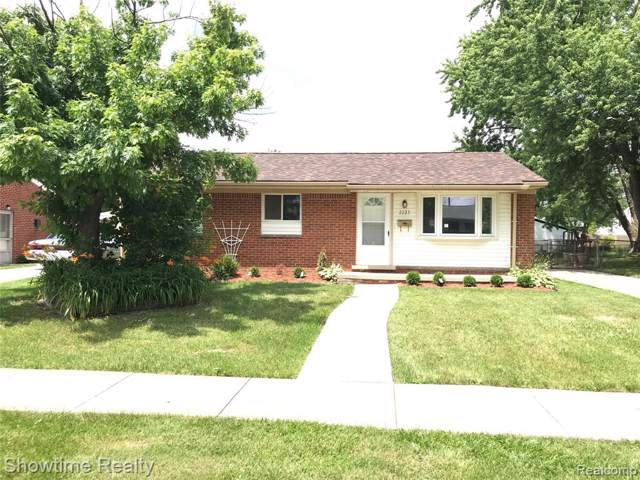 2227 Parliament Drive, Sterling Heights, MI 48310 (#219066459) :: RE/MAX Classic