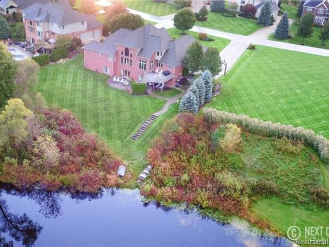 2461 Pebble Beach Drive, Oakland Twp, MI 48363 (#219068086) :: Team DeYonker
