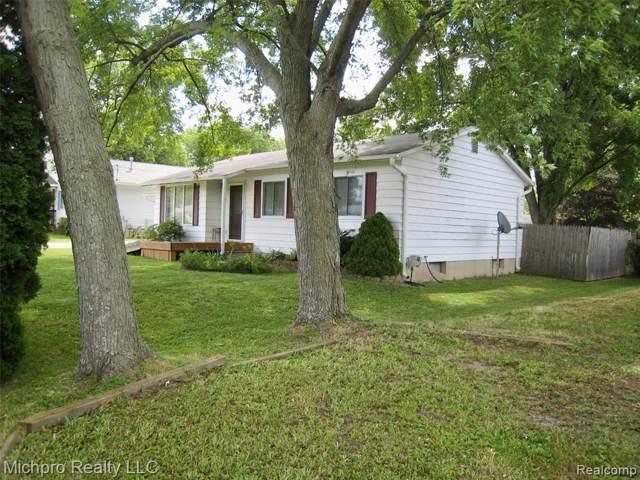 7194 Alger Drive, Davison Twp, MI 48423 (#219069109) :: The Buckley Jolley Real Estate Team