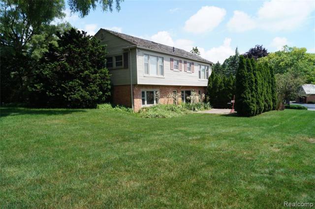 135 Harlan Drive, Bloomfield Hills, MI 48304 (#219070148) :: RE/MAX Classic