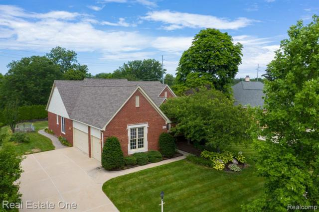 5821 Muirfield Lane, Troy, MI 48085 (#219070204) :: RE/MAX Classic