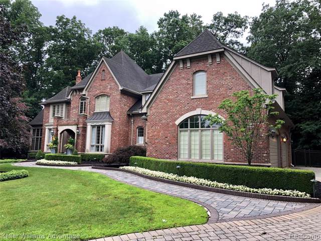 48075 Bellagio Court, Novi, MI 48167 (#219070791) :: Duneske Real Estate Advisors