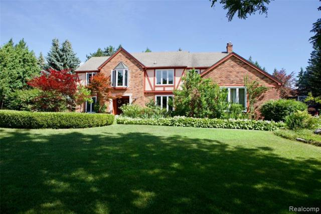 2126 Pippin Crt Court, Troy, MI 48098 (#219072461) :: The Alex Nugent Team | Real Estate One