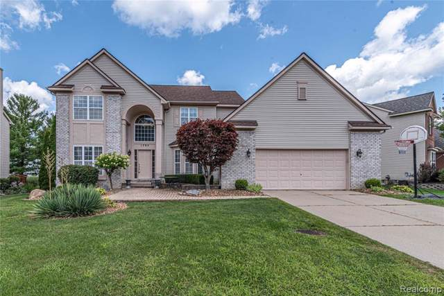 1795 Hawthorne Ridge, Commerce Twp, MI 48390 (#219073967) :: RE/MAX Classic