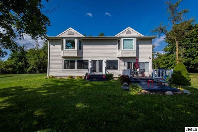 232 Sunset Dr, Rollin, MI 49247 (MLS #55201902675) :: The Toth Team