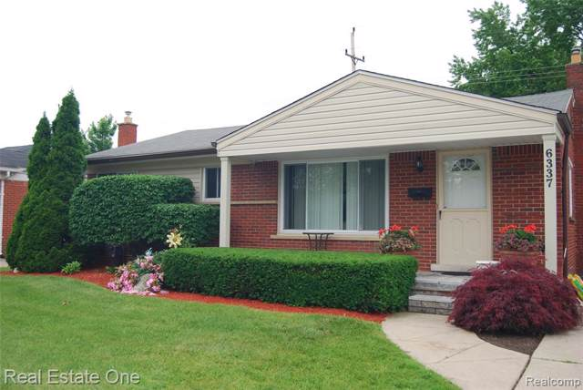 6337 Cambourne Road, Dearborn Heights, MI 48127 (#219079056) :: The Buckley Jolley Real Estate Team