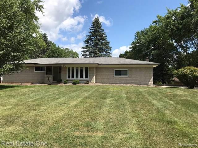 1779 Christian Hills Drive, Rochester Hills, MI 48309 (#219079240) :: RE/MAX Classic