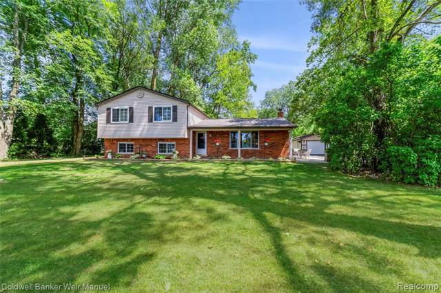 56670 Jewell Road, Shelby Twp, MI 48315 (MLS #219079423) :: The Toth Team