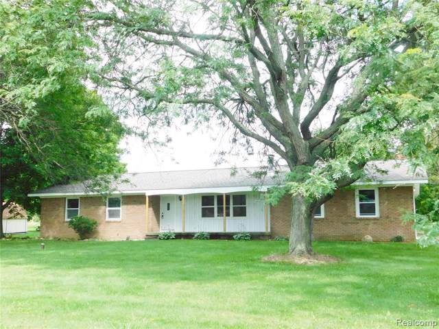 274 Fowlerville Road, Handy Twp, MI 48836 (#219080018) :: The Buckley Jolley Real Estate Team
