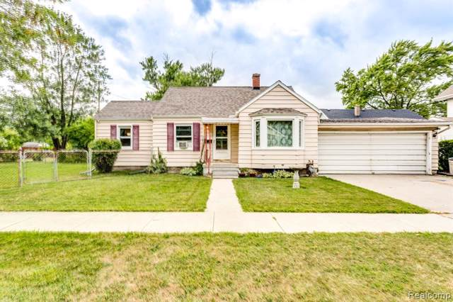 1311 12TH Street, Port Huron, MI 48060 (#219080393) :: The Buckley Jolley Real Estate Team