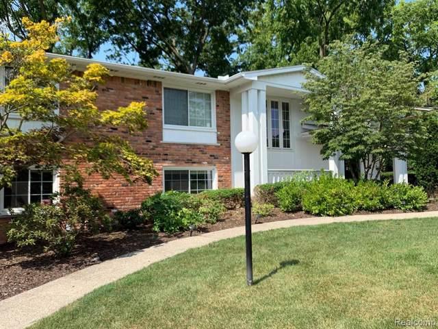 3168 Woodland Ridge Drive, West Bloomfield Twp, MI 48323 (#219082290) :: RE/MAX Classic