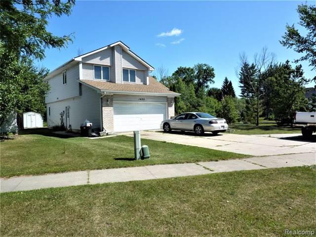 1620 Huron, Marysville, MI 48040 (#219082633) :: The Buckley Jolley Real Estate Team